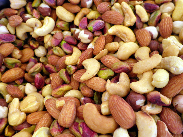 raw nuts boost metabolism