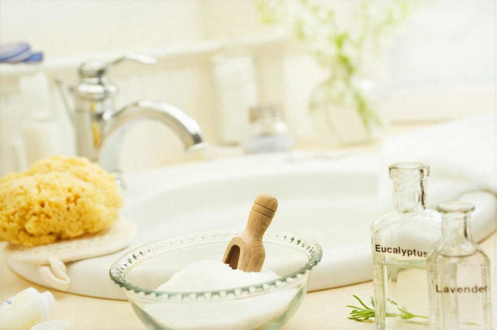 apple cider vinegar detoxifying bath